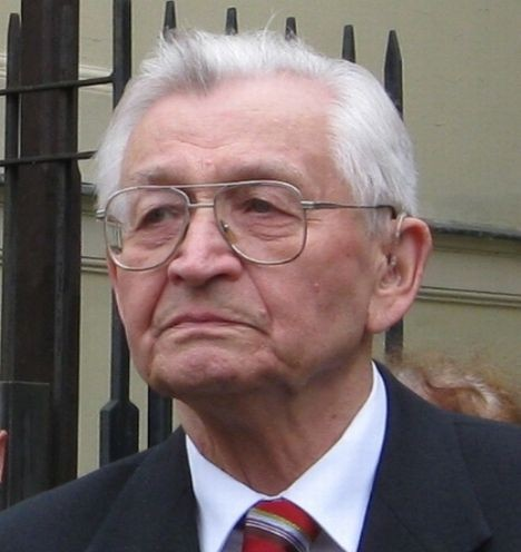 L. Moczulski