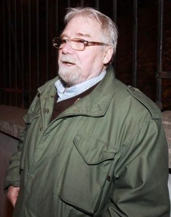 J. Jachowicz